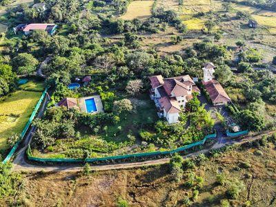 Villa Verite - 5 bedroom luxury Villa in Alibaug