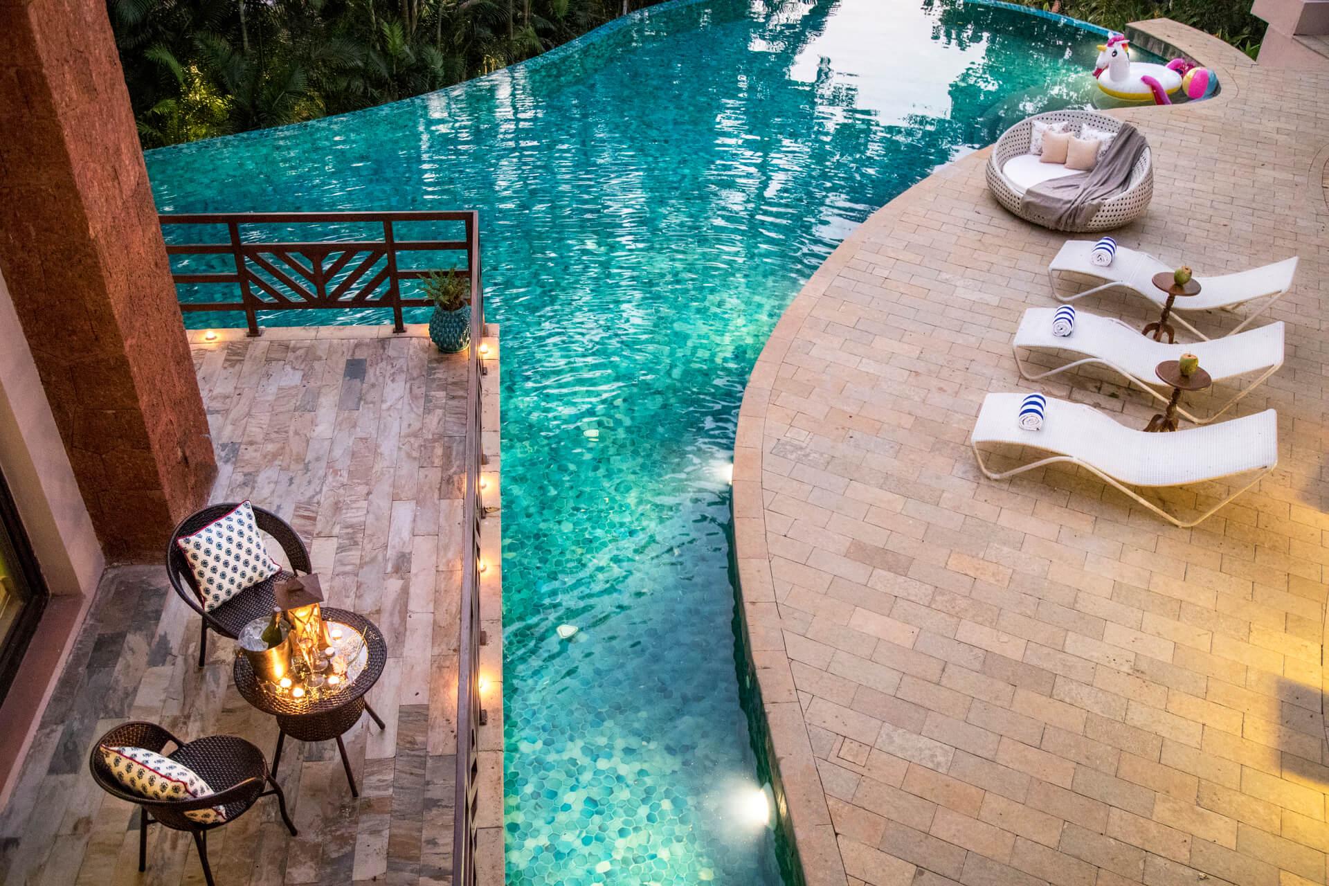 Rainbowtree - Private pool villas