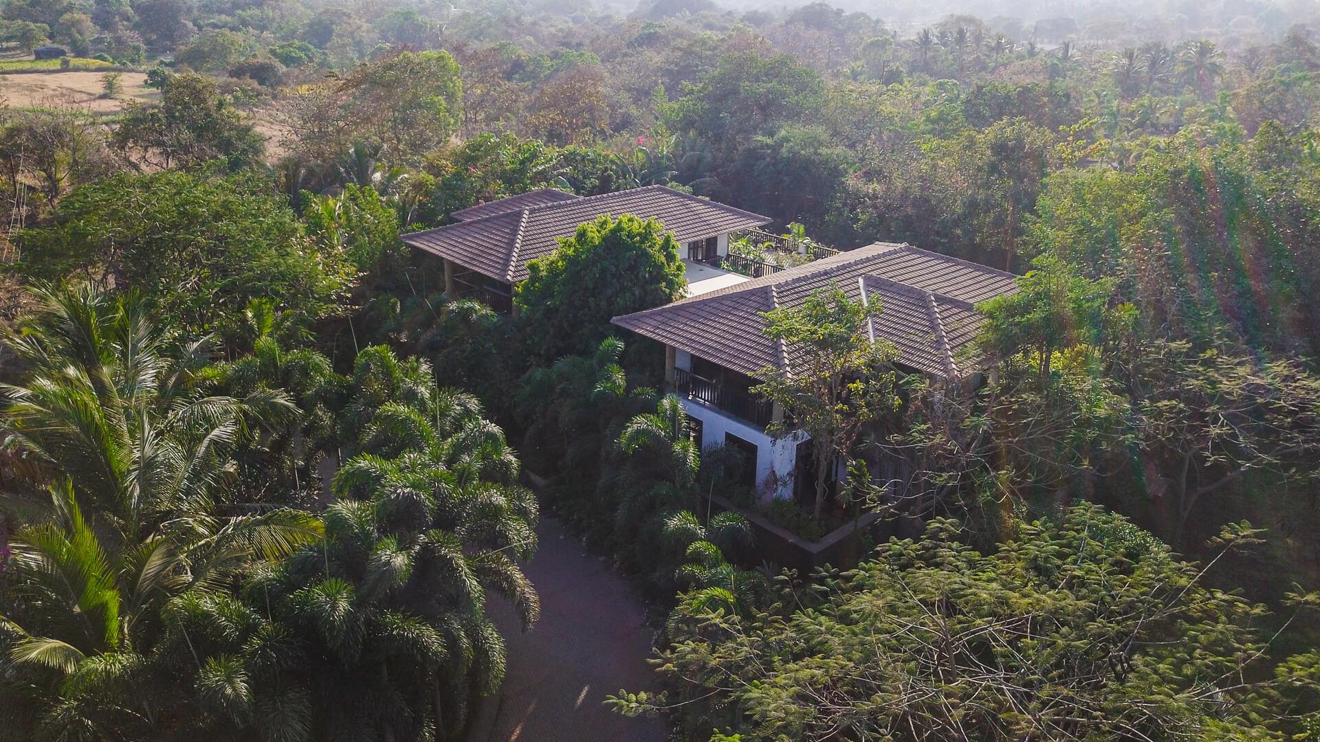 Villa Magnolia - Private villa for rent in Alibaug
