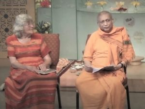 06-20 Swami with President Joan Chadbourne