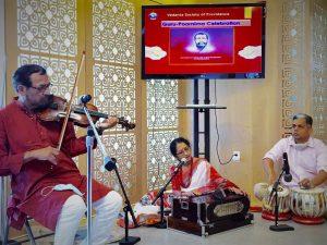 07-24 Rahul, Swapna & Tushar Offer a Devotional Song