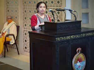 08-29 Juhi Speaks on Krishna