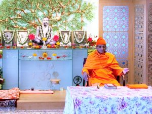 09-11 Spiritual Retreat by Swami Tattwamayananda