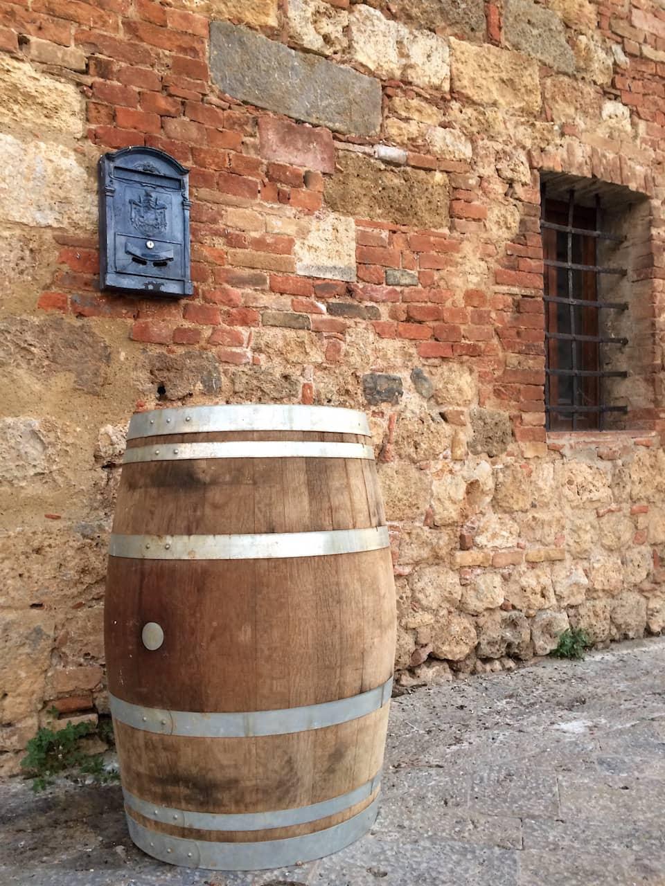 Monteriggioni, Botte