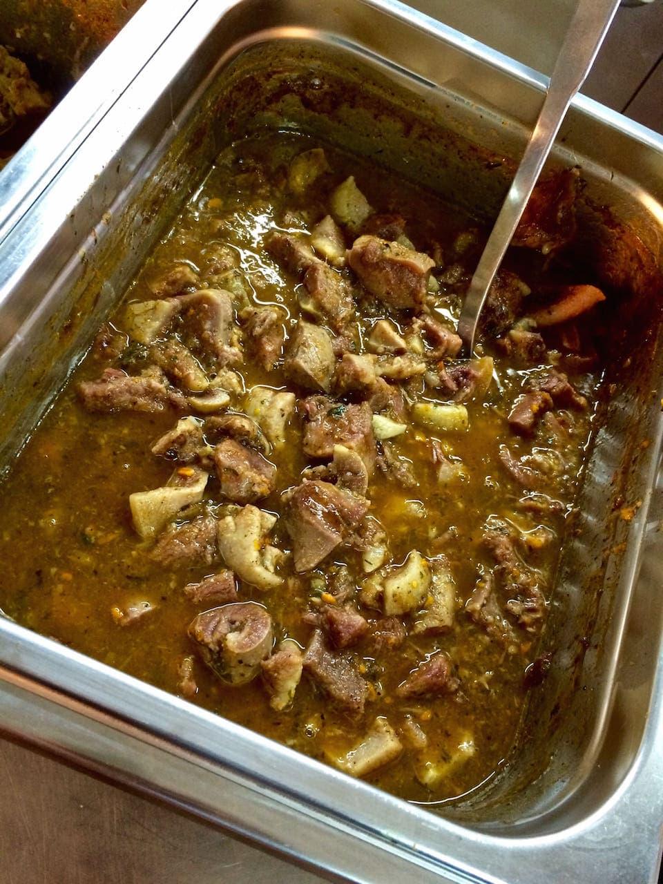 I grifi all'aretina cucinati secondo la tradizione all'Antica festa del Tegame di Monte sopra Rondine