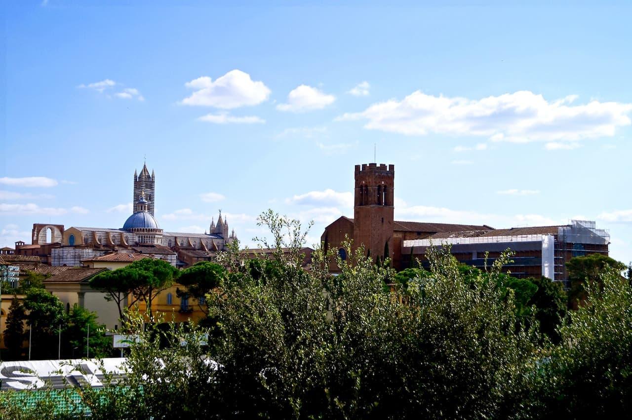 Profilo della città di Siena