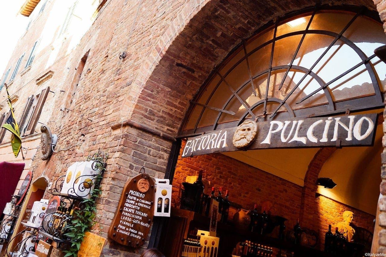 Enoteca della Fattoria Pulcino in via di Gracciano nel Corso, Montepulciano