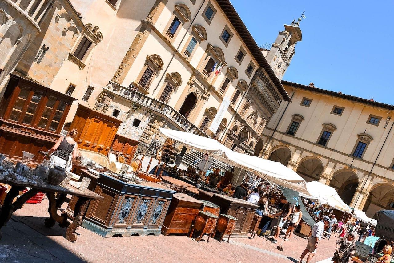 Fiera Antiquaria di Arezzo: un appuntamento eccezionale per collezionisti e amanti della fotografia