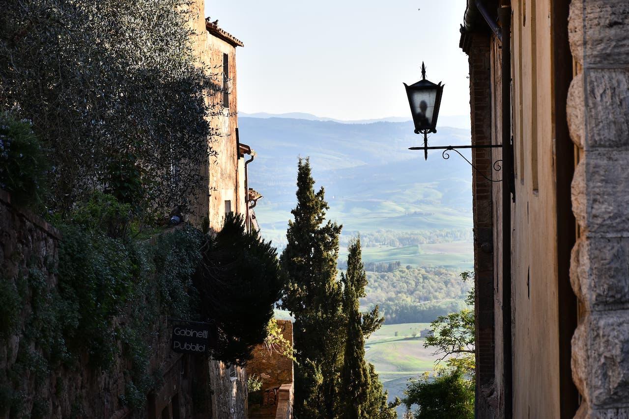 Pienza, scorcio di panorama nei pressi di Porta al Prato (o Porta al Murello)