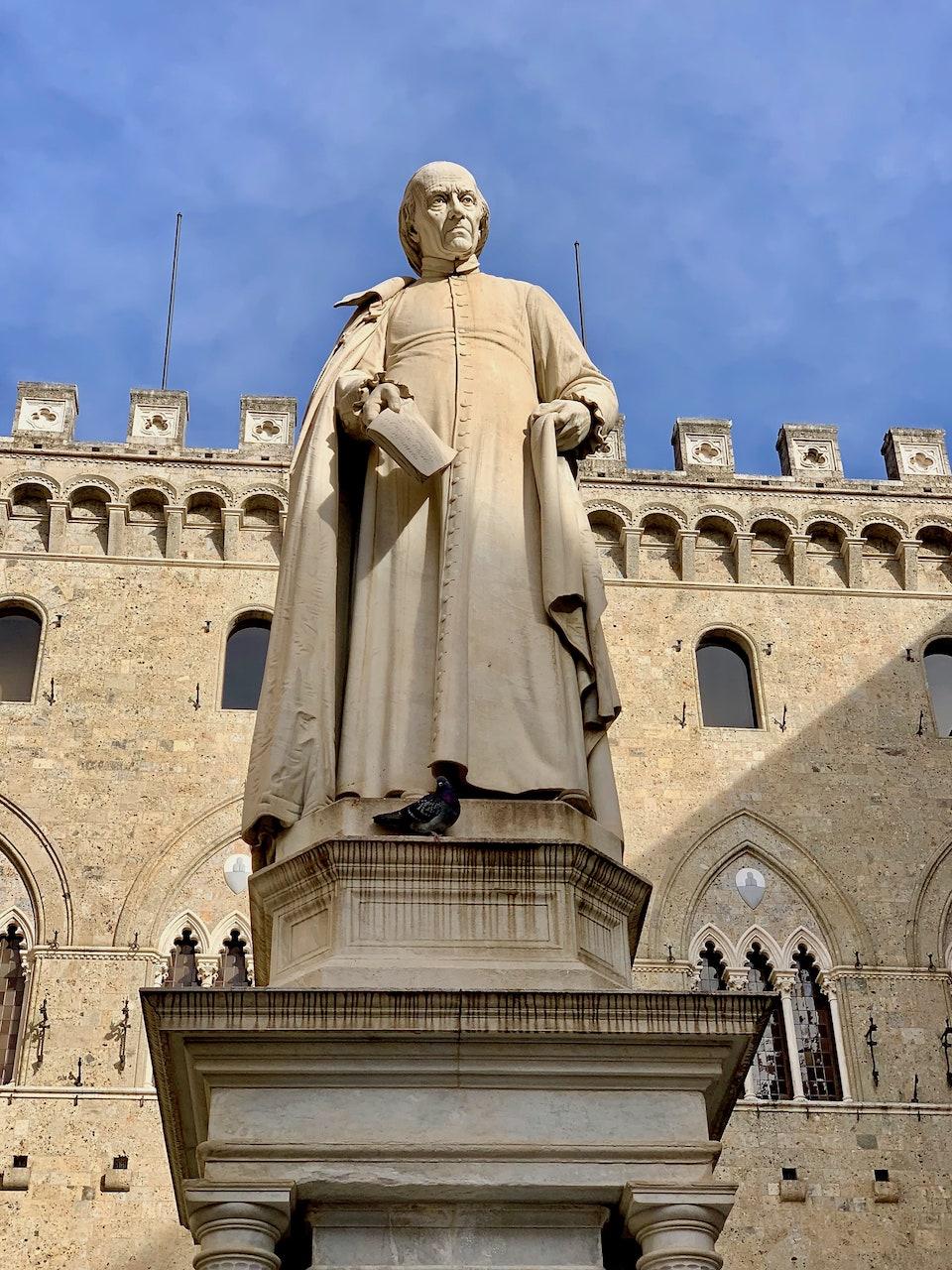 Statua di Sallustio Bandini
