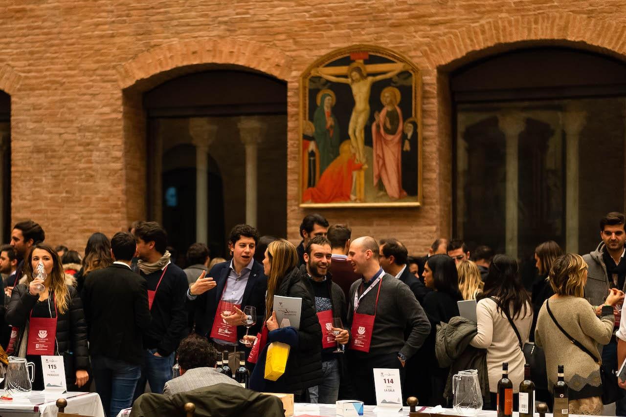 Winelovers nella Sala della Rocca a Wine&Siena 2019
