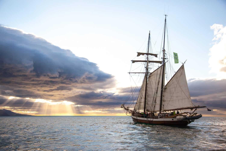sailing faxafloi