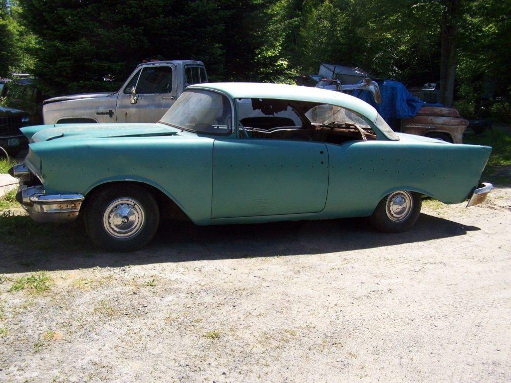 NICE 1957 Chevrolet Bel Air/150/210