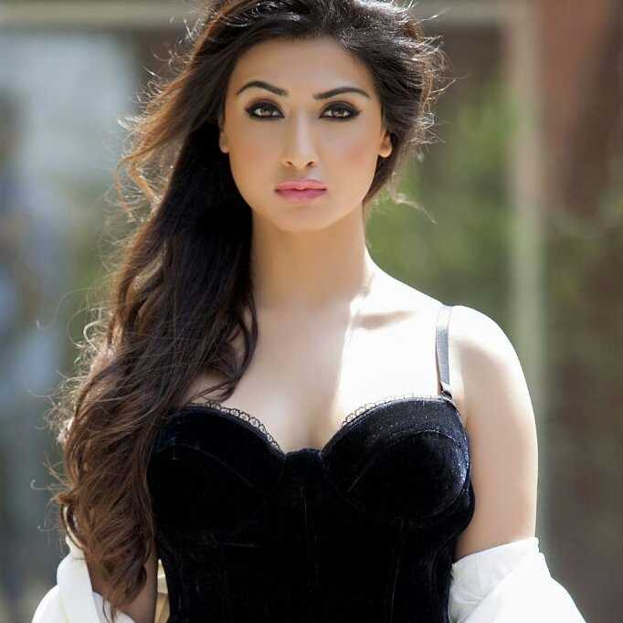 Nikita Sharma TV Actress & Model - Personalized Video & Messages | Tring