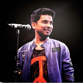 Celebrity Mohit Pathak - Tring India