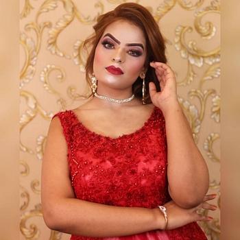 Celebrity Manisha Singh - Tring India