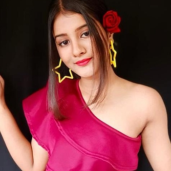 Celebrity Jaansi Jaiswal - Tring India