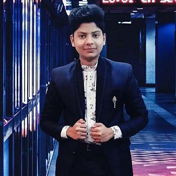 Celebrity Aryan Gupta - Tring India