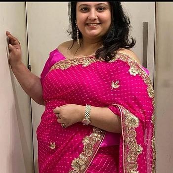 Celebrity Ushma Rathod - Tring India