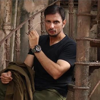 Celebrity Rushad Rana - Tring India