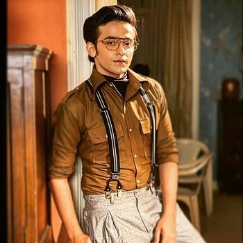 Celebrity Pravisht Mishra - Tring India