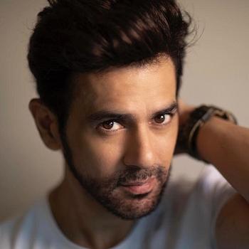 Celebrity Amit Varma - Tring India