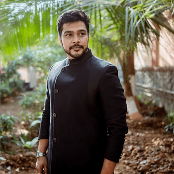 Celebrity Suyash Tilak - Tring India