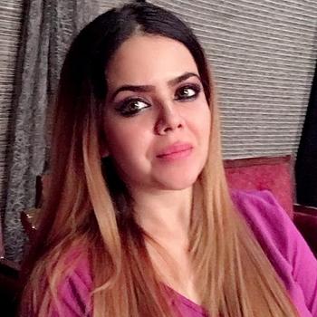 Celebrity Divya Khera - Tring India