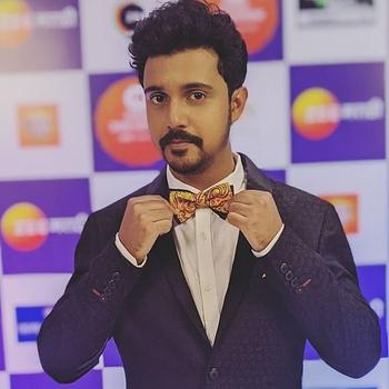 Celebrity Virajas Kulkarni - Tring India