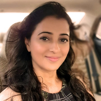 Celebrity Reena Kapoor - Tring India