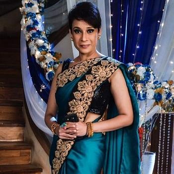 Celebrity Aaradhna Uppal - Tring India