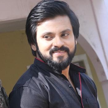 Celebrity Kapil Honrao - Tring India