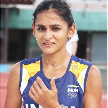 Celebrity Priyanka Goswami - Tring India