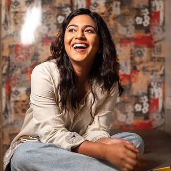 Celebrity Mrunmayee Deshpande - Tring India