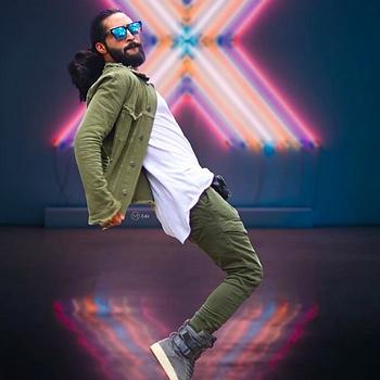 Celebrity Imran Nazir Khan - Tring India