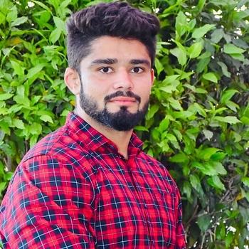 Celebrity Nikhil Kanwal - Tring India