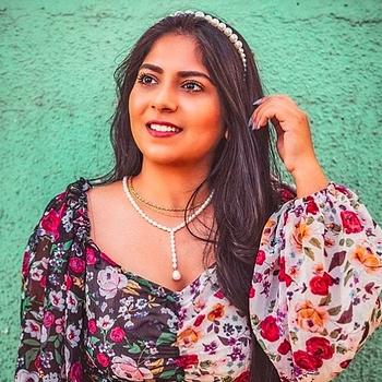 Celebrity Bhumika Thakkar - Tring India