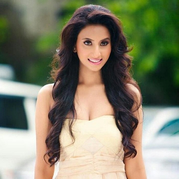 Celebrity Arushhi Mehta - Tring India