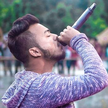 Celebrity Amit Kaintura - Tring India