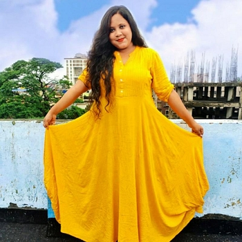 Celebrity Sreeparna Karmakar - Tring India