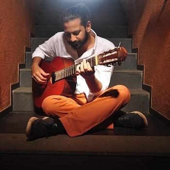 Celebrity Bhrigu Sahni - Tring India