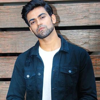 Celebrity Rohit Sharma - Tring India