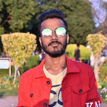 Celebrity Sabir Ansari - Tring India