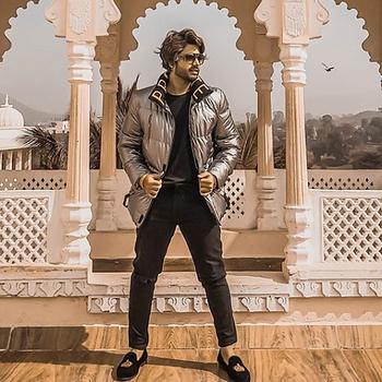 Celebrity Shashank Sanghvi - Tring India