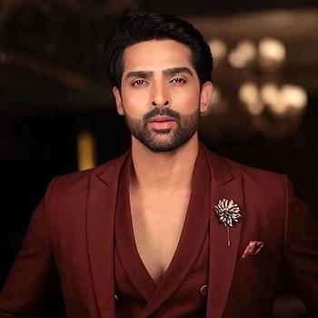 Celebrity Adhvik Mahajan - Tring India