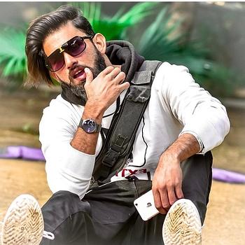 Celebrity Afghan khan - Tring India