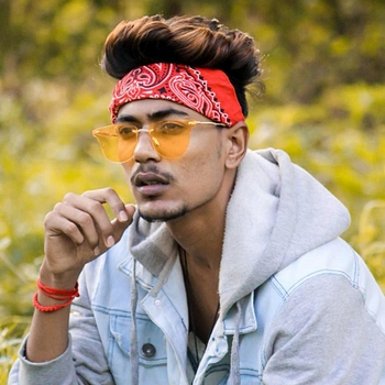 Celebrity Rishi Patil - Tring India