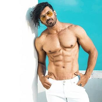 Celebrity Pran Udiyana - Tring India