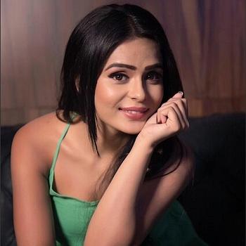 Celebrity Sonal Vengurlekar - Tring India