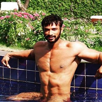 Celebrity Charan Bangaram - Tring India